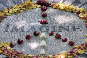 Imagine - Mosaico a Central Park in Memoria di John Lennon