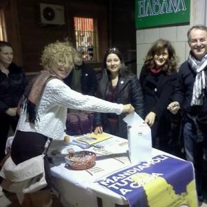 Una cittadina deposita la sua proposta al meet up 5 stelle di Soverato