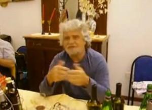 Beppe Grillo saluta Soverato (Cz)