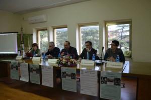 tavolo relatori da sinistra Teresa Napoli, Don Roberto Celia, Fabio Guarna, Franco Froio, Paola Macrina