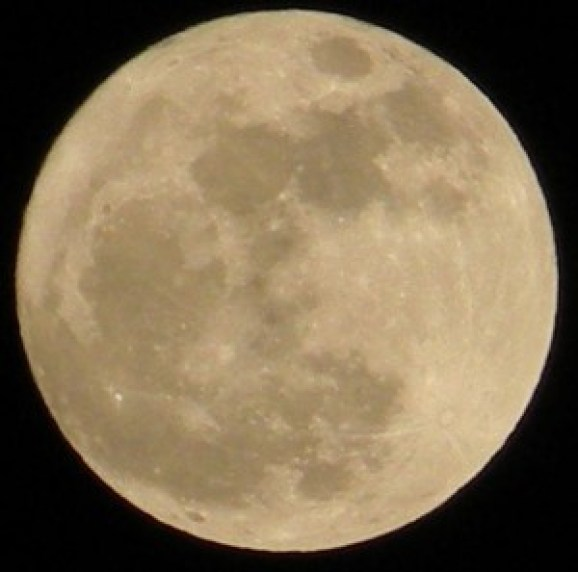 Superluna - fonte Wikipedia En
