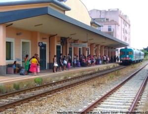 """A Soverato """"chiusa"""" la stazione ferroviaria, la """"Perla dello Jonio"""" isolata da Trenitalia"""
