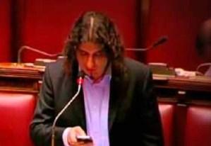 """Trivellazioni, Parentela (M5S) avverte Oliverio:""""Renzi sta bypassando te e i calabresi"""""""
