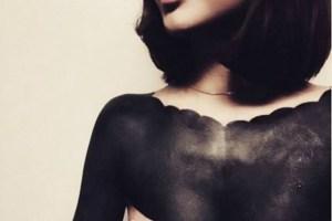 """La moda dei """"tatuaggi blackout"""" arriva anche in Italia"""