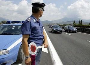 Scappano da un controllo della Polizia, arrestati