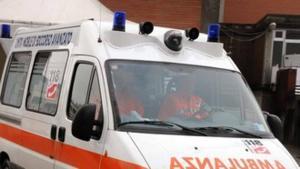 Precipita dal cavalcavia con il furgone, autista lievemente ferito