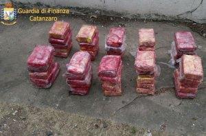 """Operazione """"Due Mari"""" contro narcotraffico"""