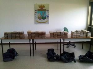 Traffico internazionale di droga: 12 fermi tra Calabria e Campania, sequestrata anche cargo ship