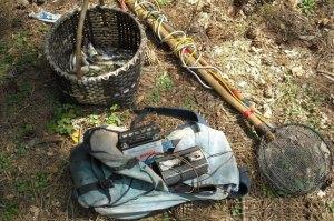 Sorpresi a pescare trote con un generatore elettico, tre denunce