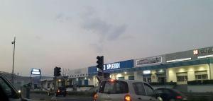 Catanzaro – I semafori all'incrocio in Via Lucrezia della Valle non funzionano, tanti i disagi