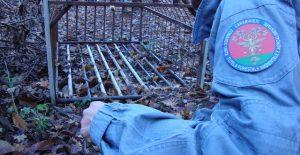 Serra San Bruno – Sequestrata strada sterrata abusiva e gabbia per cinghiali