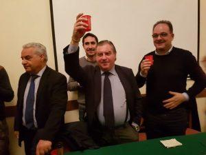 """Chiaravalle Centrale, Forza Italia """"scoppia"""" e il sindaco attacca il Pd"""