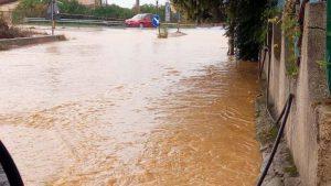 Forte maltempo in Calabria, disagi e strade allagate