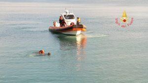 Proseguono le ricerche dell'uomo scomparso in mare a Catanzaro Lido