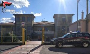 I Nas nella mensa della scuola primaria di Girifalco-Cortale, 3mila euro di multa