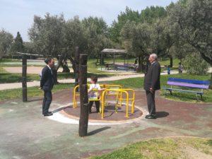 Inaugurato un nuovo gioco riservato ai disabili in carrozzina al Parco della Biodiversità