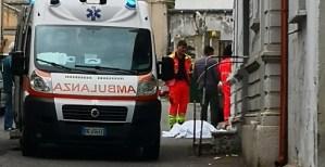 Donna di 70 anni si accascia e muore a Catanzaro