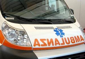 Auto finisce in un fosso a Germaneto, muore 47enne
