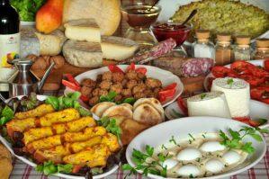 Pasquetta, pranzo in agriturismo per 400milapersone