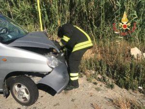 Incidente stradale sulla Statale 106 a Catanzaro Lido, due feriti