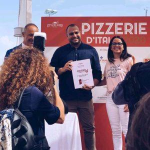 """""""Ricotta e Bergamotta"""", premio Gambero Rosso a pizzeria di Montepaone"""