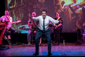 Flavio Insinna inaugura la stagione teatrale catanzarese 2019/2010 di AMA Calabria