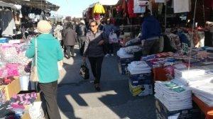 Mercato di Soverato, sospesi ottanta ambulanti: non pagavano la tassa di occupazione