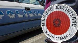 Polstrada trova 16 kg di cocaina su un autocarro in A1, due calabresi arrestati