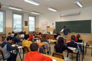 Esami di maturità, scuola, concorsi, diritto allo studio e alla vita