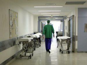 Codacons: «I posti letto delle cliniche private in Calabria siano requisiti»