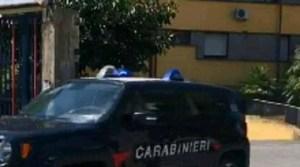 Davoli – Rubano auto e tentano di investire carabiniere, due arresti