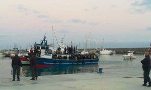 Sbarco in Calabria, 93 migranti positivi al Coronavirus
