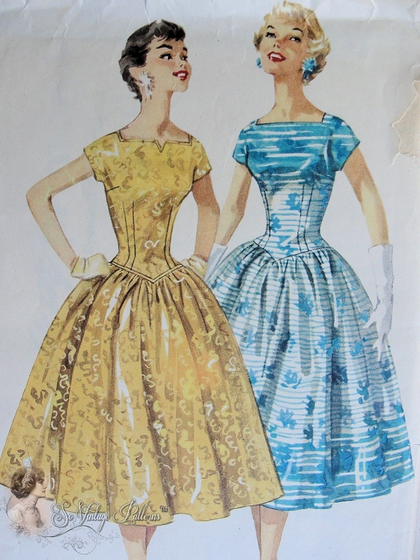 1950s Party Evening Dress Pattern Square Neckline Full