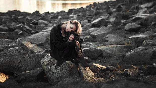 صور معبرة بنات حزينة