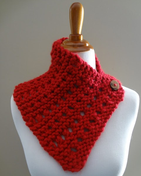 Free Knitting Pattern…Strawberry Jam Neck Wrap!