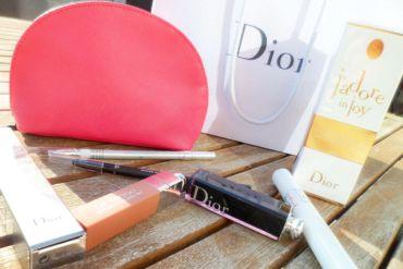 Nous vous présentons les nouveautés Dior. Ici le mascara Diorshow Pump'n Volume et l'encre à lèvres Lip Tatoo