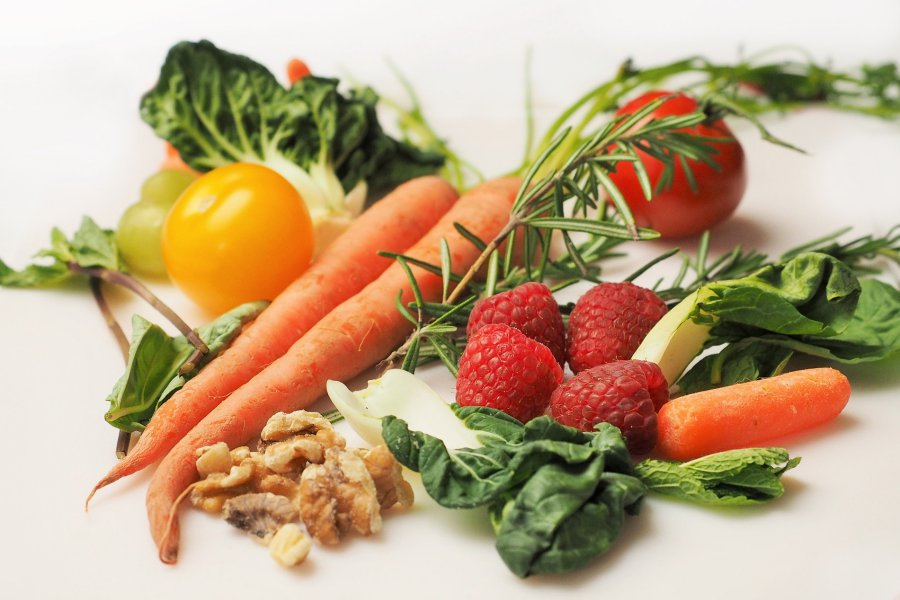 Fruits et légumes frais pour une nourriture saine
