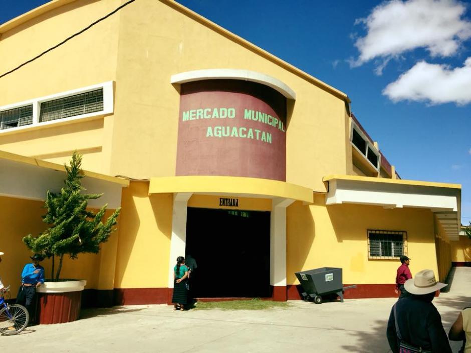 La Municipalidad de Aguacatán realizó mejoras en el mercado de ese municipio y para celebrarlo organizó una gran fiesta. (Foto: La Noticia Digital 1301)