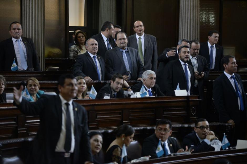 Los diputados tránsfugas no podrían reelegirse si no modifican la Ley Electoral. (Foto: Archivo/Soy502)