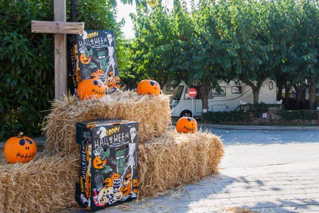 Decoración Halloween en el Camping Joan de Cambrils (Tarragona)