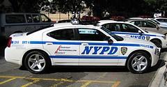 Los policías de Nueva York, en coches eléctricos