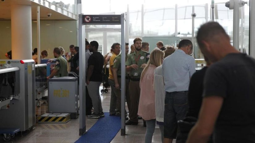 Vigilantes Aeroportuarios