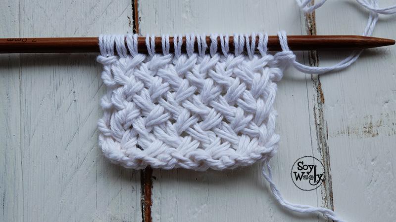 Punto de cesta cruzado tejido en dos agujas palillos soy - Puntos de dos colores a dos agujas ...