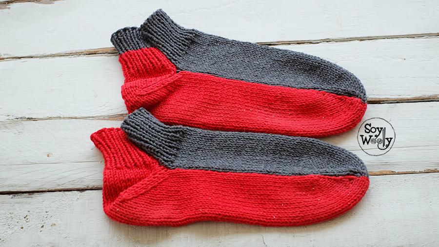 calcetines medias faciles tejidos en dos agujas palillos palitos tricot