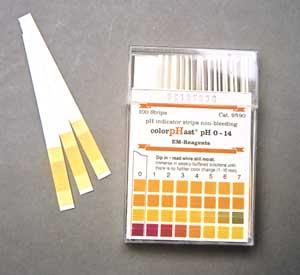 pH-Test mit Sticks