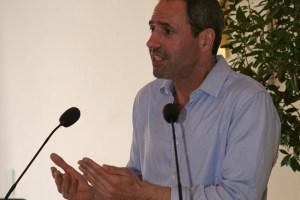 Dr. Mark Terkessidis beim ersten Rosenheimer Bildungsforum