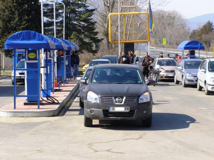 Протестиращите останаха приятно изненадани, че работниците в бензиностанциите проявяват разбиране по повод несъгласието с цените на горивата