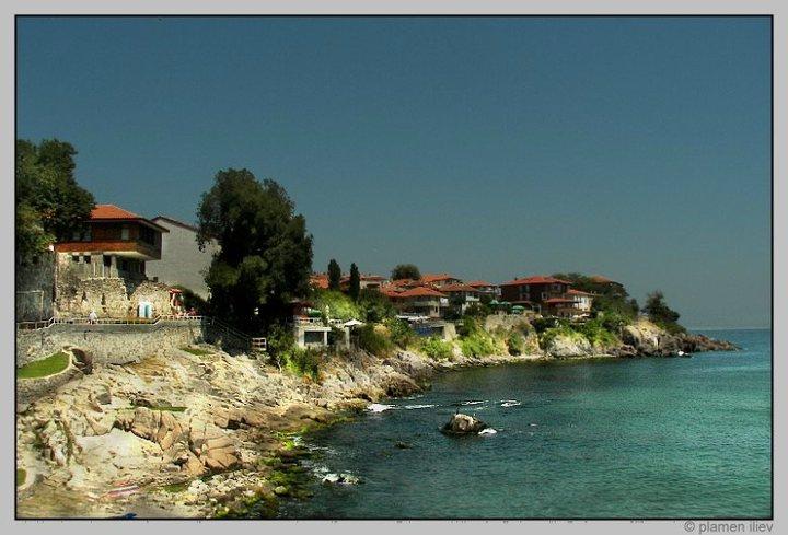 Продължават опитите откритата край Созопол статуя да бъде извадена от морето 1