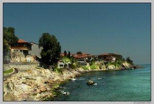 Продължават опитите откритата край Созопол статуя да бъде извадена от морето 2