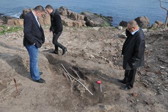 Дъждът изми скелет при разкопките на нос Скамни в Созопол 7